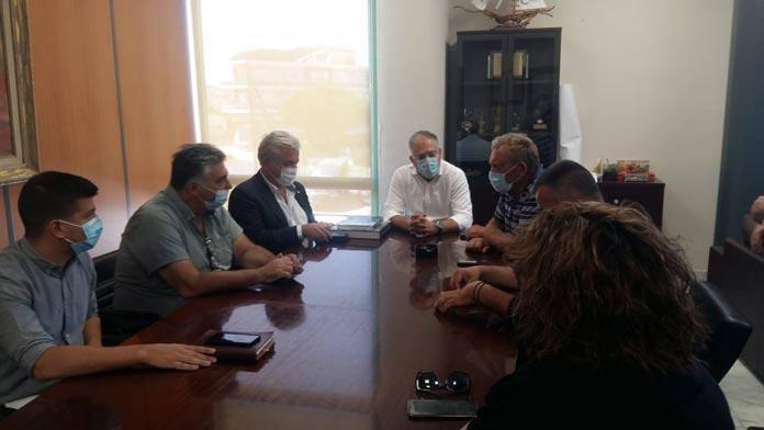 Παρέμβαση Θεοδωρικάκου και στήριξη σε Σαρωνικό και Λαυρεωτική – 500.000 ευρώ στους δύο Δήμους